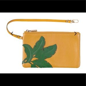 NWT Ora Delphine palm leaves pouch
